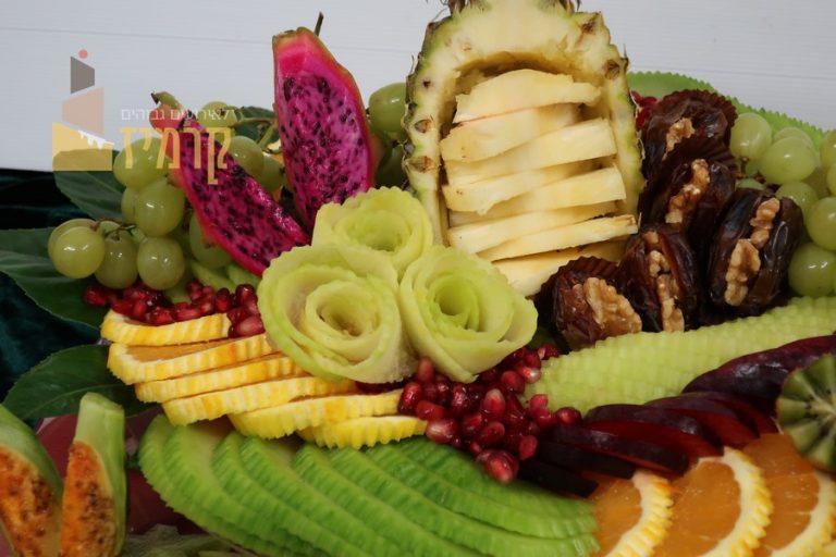 קרמיז לאירועים גבוהים - איידיפרידמן -מגשי פירות מעוצבים