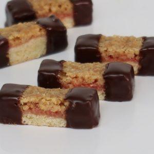 קרמיז לאירועים גבוהים - עוגות חתוכות