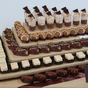קרמיז לאירועים גבוהים - איידי פרידמן קונדיטורית בעיצוב והכנת אירועים ברמה מקצועית - קינוחים חלבי בכשרות מהורת